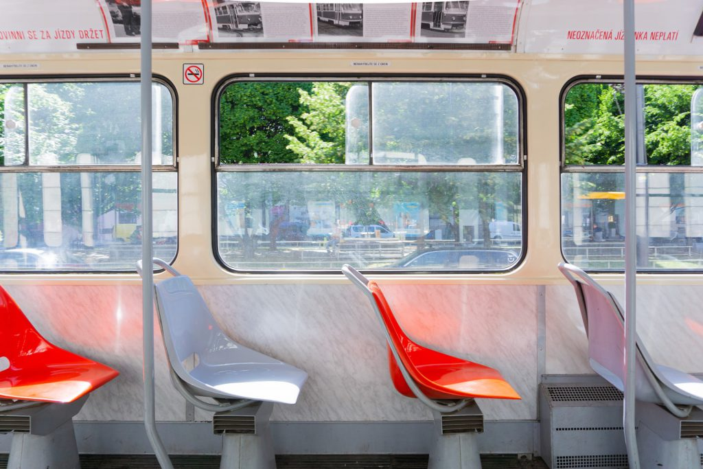 sedili di un autobus dall'interno