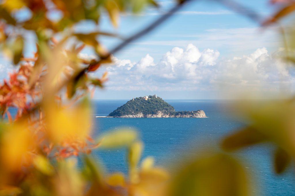 Isola Gallinara di fronte ad Alassio